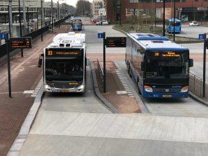 Busvervoer naar zatedagdienstregeling op werkdagen